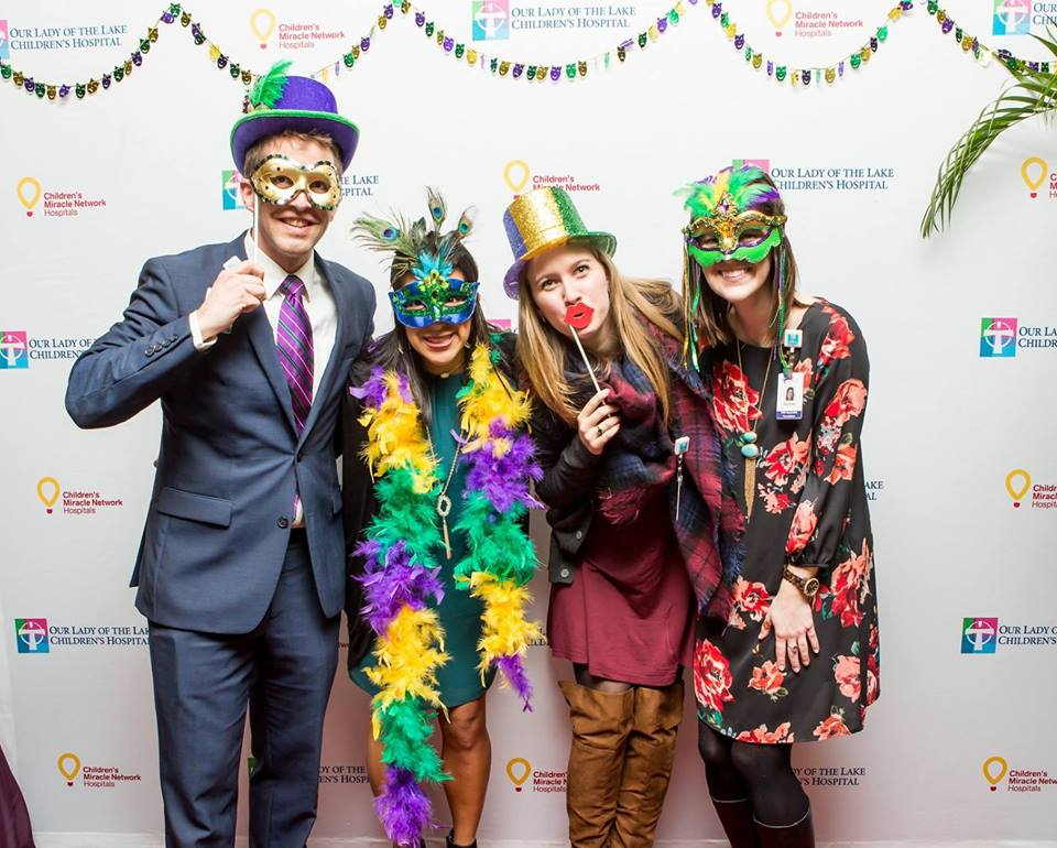 cmn-team-picture-remax-miracles-at-mardi-gras
